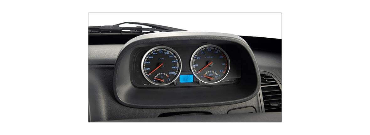 Tata Xenon crew cabin 2.2 interior driver console